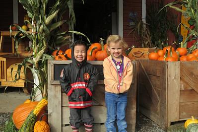 pumpkin patch preschool fieldtrip