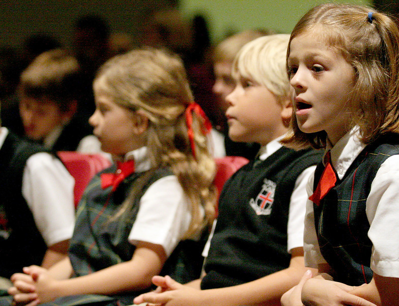 E.L. Hubbard Photography<br /> Students sing during the Mass of Thanksgiving at Royalmont Academy in Mason Friday, September 25, 2009.