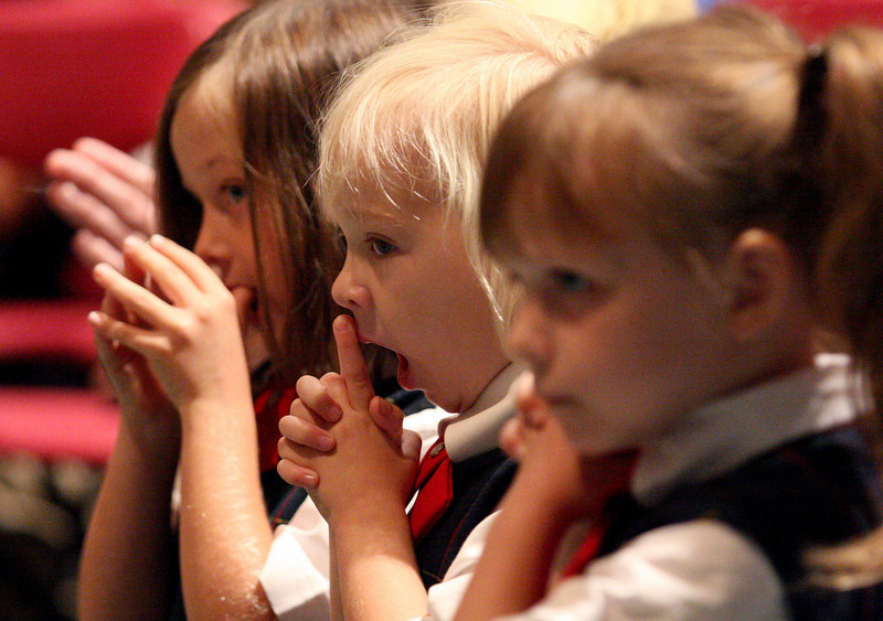 E.L. Hubbard Photography<br /> Students pray during the Mass of Thanksgiving at Royalmont Academy in Mason Friday, September 25, 2009.