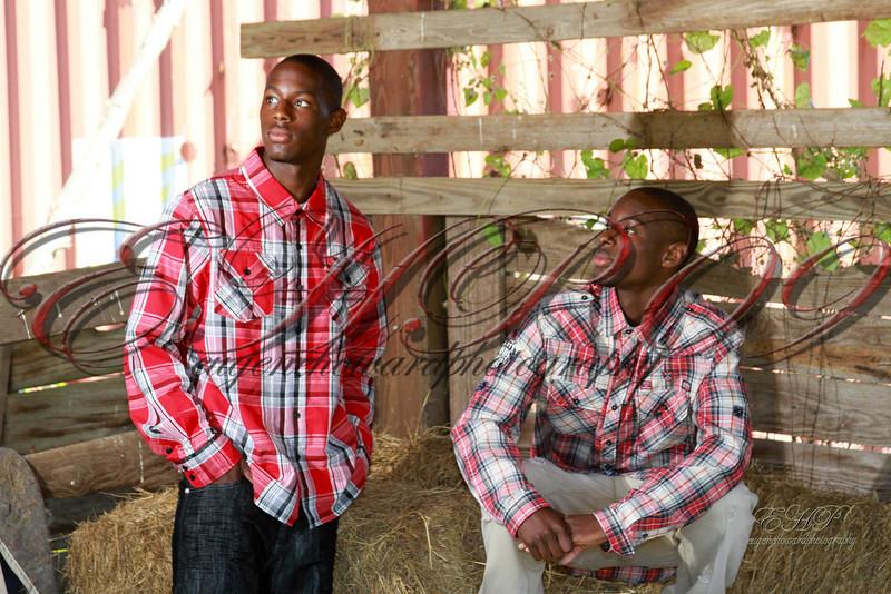 Twins 024