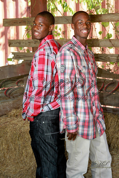 Twins 026
