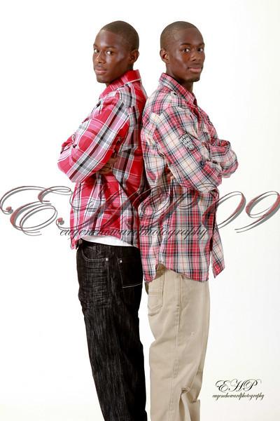 Twins 004