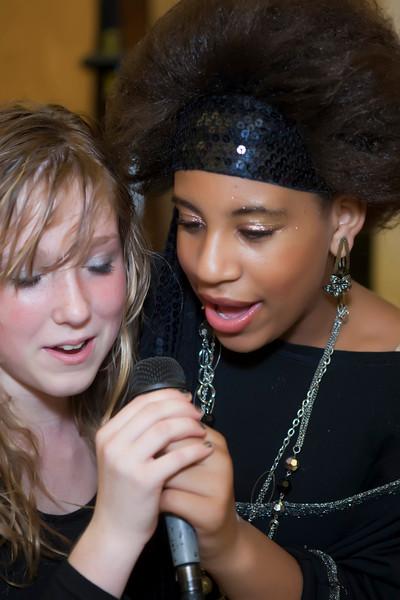 2009 Willow Wood JH Choir - Karaoke Night