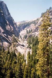 Dead-end valley in Yosemite