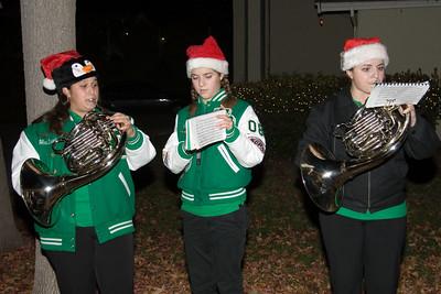 2006-12-15: Caroling