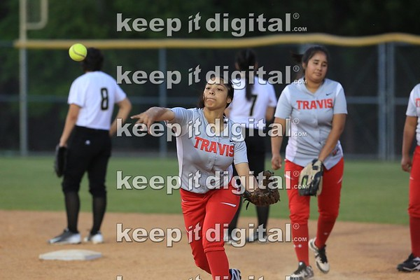 Travis vs Lanier Softball 04_07_17