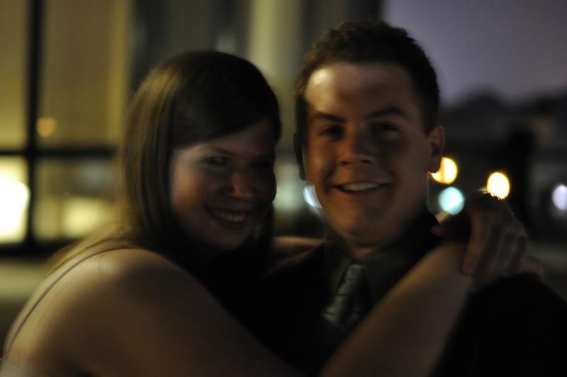 Scott Baldelli and his girlfriend Sarah Shows hug.