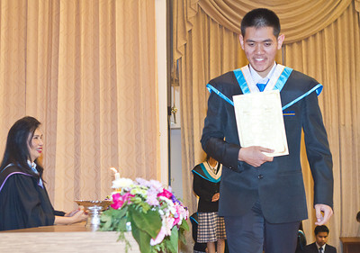 VCS Mattayom Graduation 2012 Low Res - 047