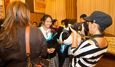 VCS Mattayom Graduation 2012 Low Res - 213