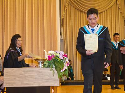 VCS Mattayom Graduation 2012 Low Res - 043