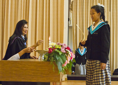 VCS Mattayom Graduation 2012 Low Res - 013