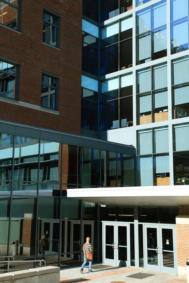 Side entrance to the Life Science building