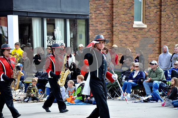 - Messenger photo by Peter Kaspari<br /> <br /> Drum Major Evan Ulven leads the Clarion-Goldfield marching band down State Street in Algona Saturday afternoon. The band was one of 28 competing in the annual Algona Band Days Festival.