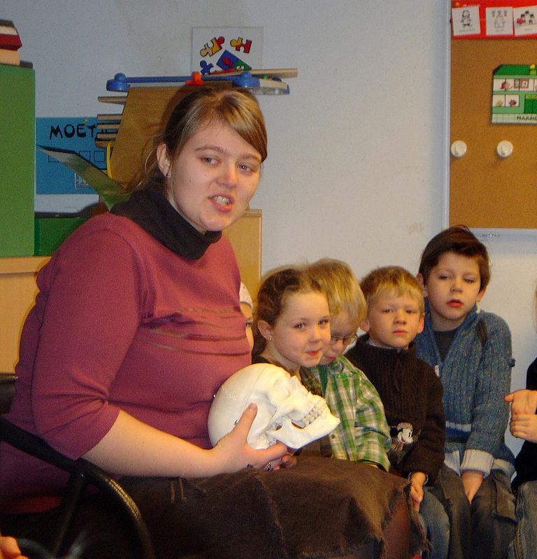 In de laatste kleuterklas was juf Ellen de kleuters aan het leren over de tanden.