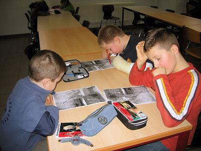 De leerlingen van het derde en het vierde leerjaar gingen nog eens samen aan de slag. Ze leerden over rivieren en stripverhalen.