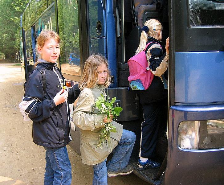 Instappen en richting Olen nu.En...<br /> voor onze moeders ... een leuk zelf geplukt boeketje want zelfs ver van huis denken de kinderen aan hun mamaatjes.