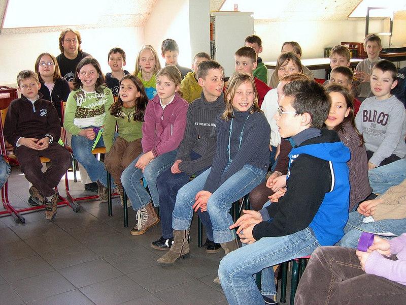 Peter vertelde grappige anekdotes over de verschillende boeken.