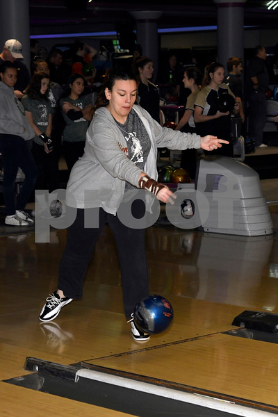 Girls Bowling Candids 1-1-18