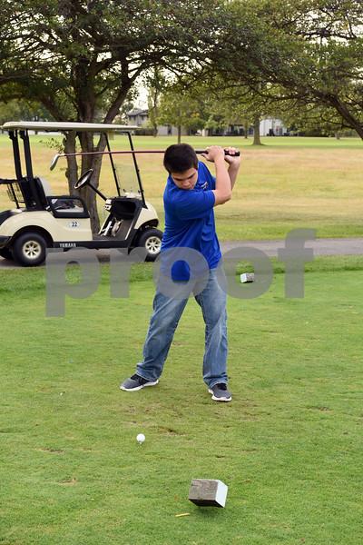 Boys Golf Candids