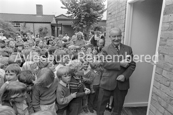 Author H E Todd opening Bedgrove County Infant School library, June 1983