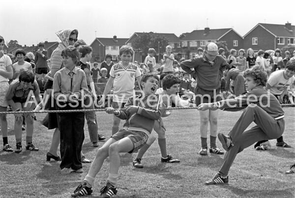 Bedgrove Junior School sports, July 1980