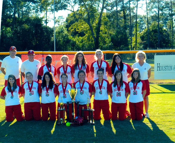 2010 BHS Softball Team with Trophies