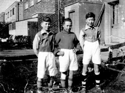 Michael with Derek Gray (left) and Terry Toone (centre). The photo was taken in either Moorwell Road or Endcliffe Avenue, Yaddlethorpe when all three were at Bottesford Junior School. Date probably 1948/49.
