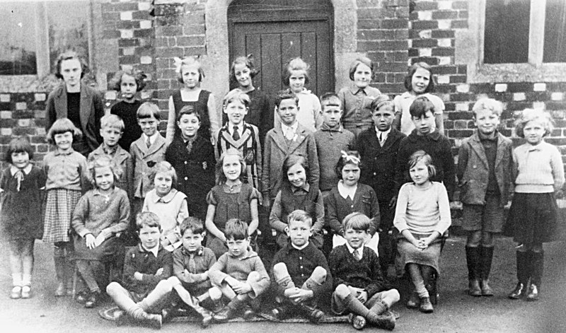 Benson school children - mid 1940's (BS0102)