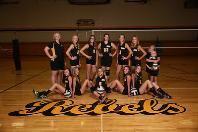 CMS Eighth Grade Volleyball 2017 3803