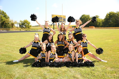 CMS Seventh Grade Cheer 2017 3985