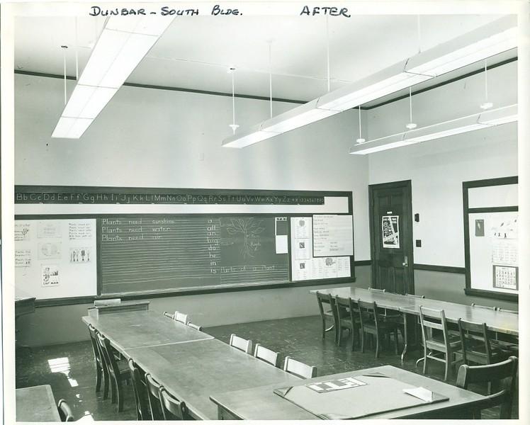 Dunbar High School II (06106)