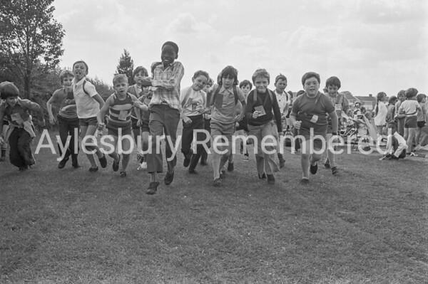 Elmhurst Infant School sports, July 1974