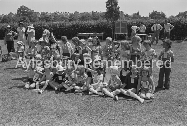 Elmhurst County Infant School sports, July 1977