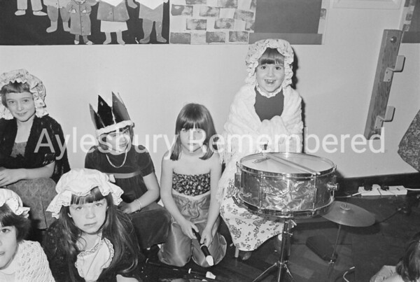 Elmhurst Infant School Xmas concert, Dec 1984