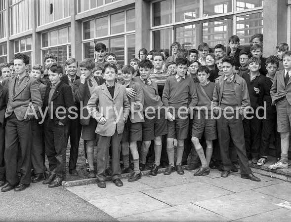 Grange School, pupils watching cross country, April 1 1960