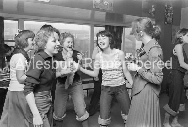 Grange School dancing marathon, Feb 16 1976