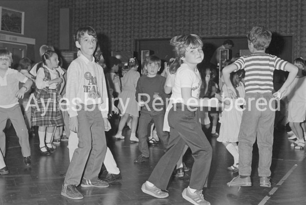 Sponsored Disco at Haydon School, May 1985