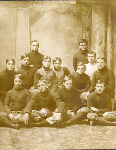 Lynchburg High School Football Team 1906  (09560)