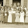 Students on the Steps of Lynchburg High School III (07193)