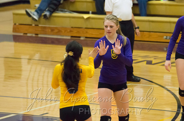 MHS Volleyball vs Sutherlin - 0001
