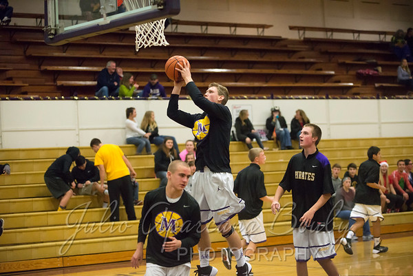 MHS Boys Basketball vs Grants Pass - 0001