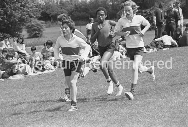 Mandeville School sports, 1977