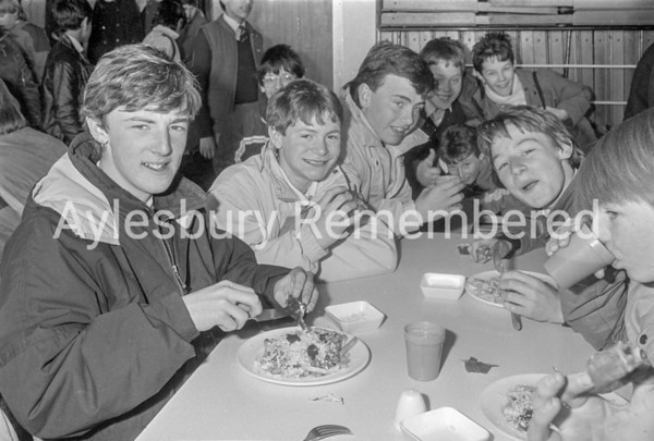 New School Meal Service, Mar 1987