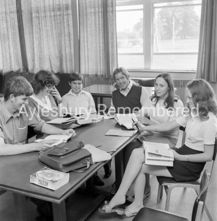 Mandeville School leavers, July 8 1971