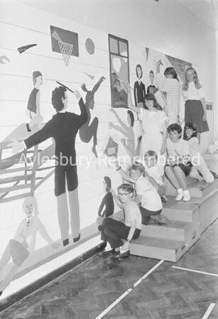 Mural at Meadowcroft Junior School, July 1987