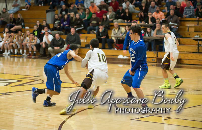 NBHS Boys Basketball vs Sutherlin - 0474