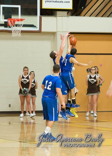 NBHS Boys Basketball vs Sutherlin - 0478