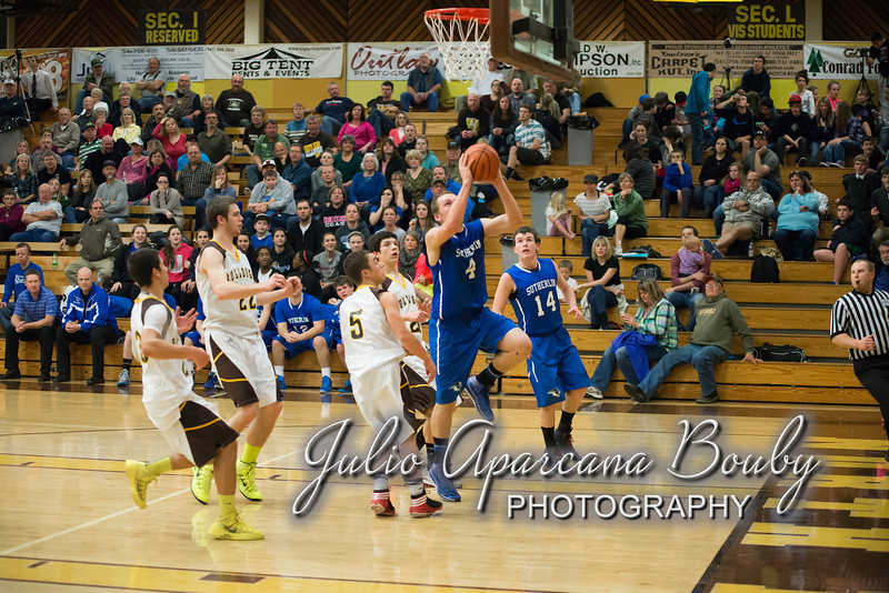 NBHS Boys Basketball vs Sutherlin - 0383
