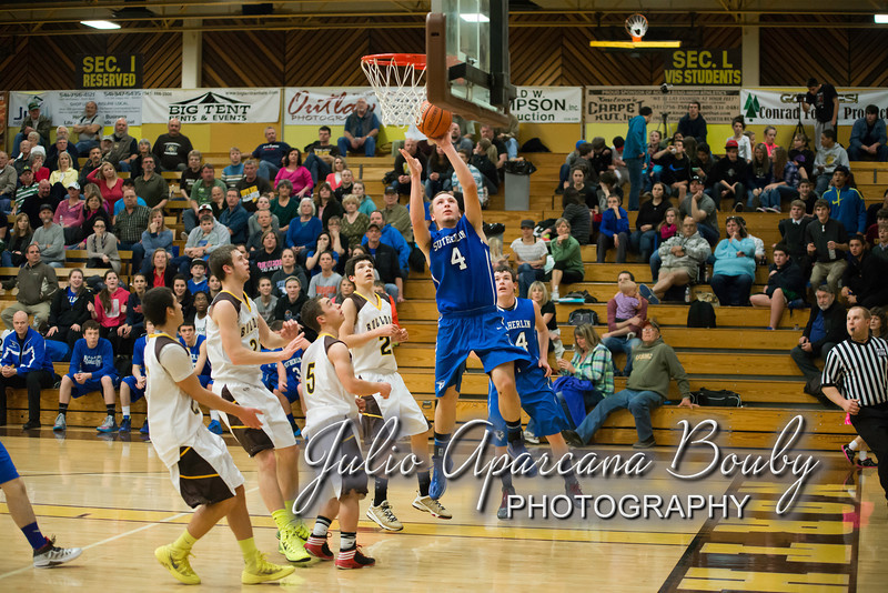 NBHS Boys Basketball vs Sutherlin - 0384