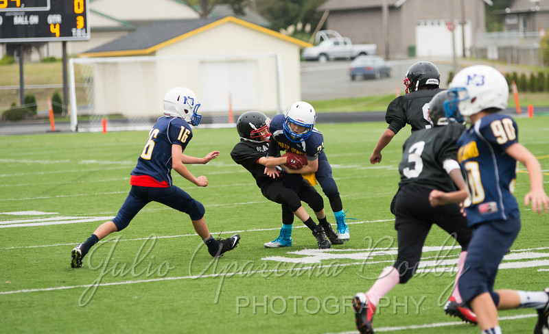NBMS Football vs Brookings - 0441